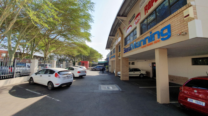 Prime Retail Investment with An Established Tenant Property Images