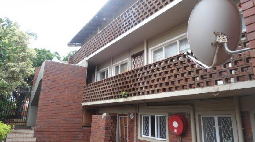 Essenwood property for sale. Ref No: 13320161. Picture no 9
